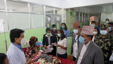Photo of स्तनपान सप्ताहः स्वास्थ्यमन्त्रीद्वारा अस्पताल निरीक्षण