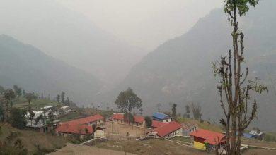 Photo of हिमालय माविका सयभन्दा बढी बालबालिका ज्वरो र रुघाखोकीका कारण बिरामी
