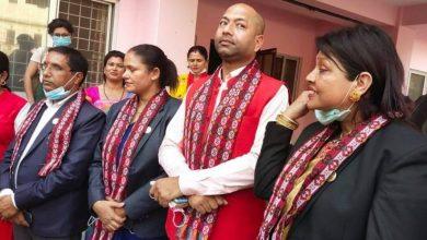 Photo of लुम्बिनीका चार सांसदलाई पदमुक्त नगर्न सर्वोच्चको आदेश
